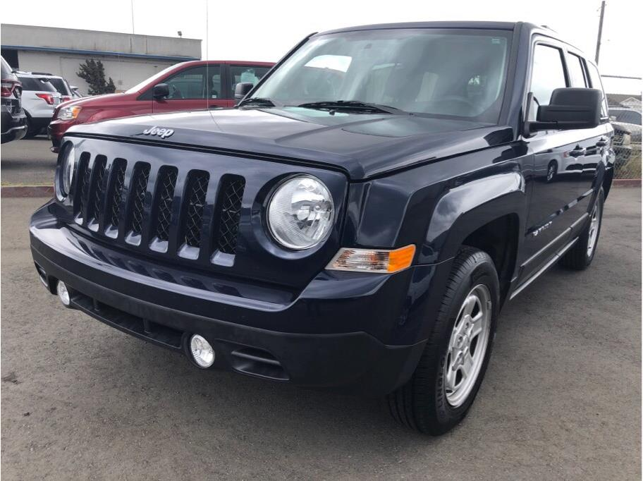 Pre Owned 2016 Jeep Patriot Sport Suv 4d